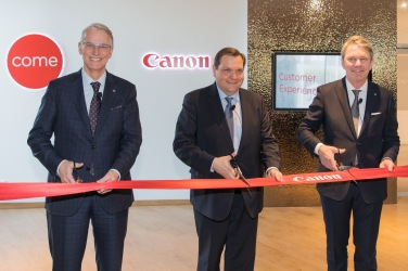 canon-ribbon_cut